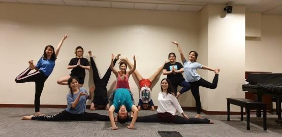 Team Bonding Activity / Team Bonding Yoga